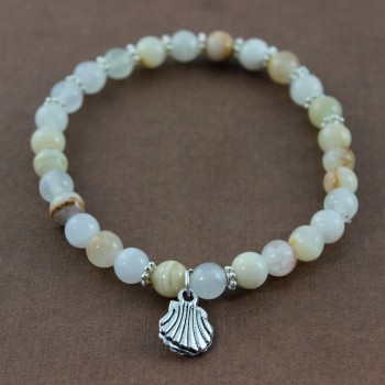bracelet en agate breloque argent coquillage