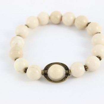 Bracelet blanc en fossil